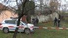 Млад мъж загина при пожар в Бургас, къщата се срутила пред очите на огнеборците