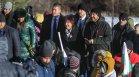 Караянчева на Шипка: Бъдете силни и помнете миналото, за да градим заедно бъдещето