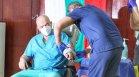 Ген. Мутафчийски и медици от ВМА получиха втора доза от ваксината