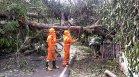 Индия се приготвя да бъде връхлетяна от мощен циклон