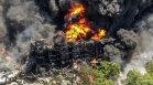 """Пожар изпепели химически завод в Илинойс, алармират за """"екологичен кошмар"""" (+ВИДЕО)"""