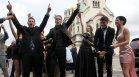 """Последен звънец: Абитуриенти се събраха пред """"Св. Александър Невски"""""""