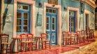 """Като творба на Кристо: Италиански ресторант се """"опакова"""" за раздяла с клиентите"""