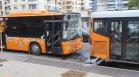 Два автобуса на градския транспорт катастрофираха в София, има пострадали