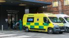 Британският здравен министър бие тревога за над 100 000 новозаразени дневно
