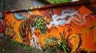 Международен ден на пчелите: Нарисуваха 30-метрова стена с графити