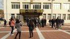 Ресторантьори на протест в Благоевград, искат безплатни тестове за персонал и клиенти