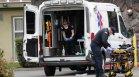 Двама загинали и четирима ранени при стрелба в Калифорния