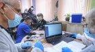 Започна ваксинирането в старческите домове, Фандъкова инспектира началото