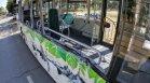 Трамвай и автобус се удариха в София, двама души са болница
