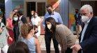 Хиляди гърци съдят учители и директори заради тестовете и маските
