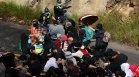 Ранени полицаи и стотици арестувани на протест в Мелбърн срещу Ковид мерките