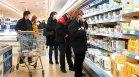 Цените на стоките от първа необходимост растат, поскъпнаха хлябът, бирата и олиото