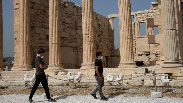 Гърция ще покрива разходите за лечение на туристи с коронавирус - Bgonair